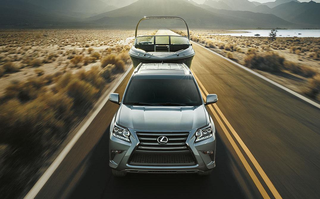 Comparison - Lexus GX 460 Luxury 2017 - vs - Toyota
