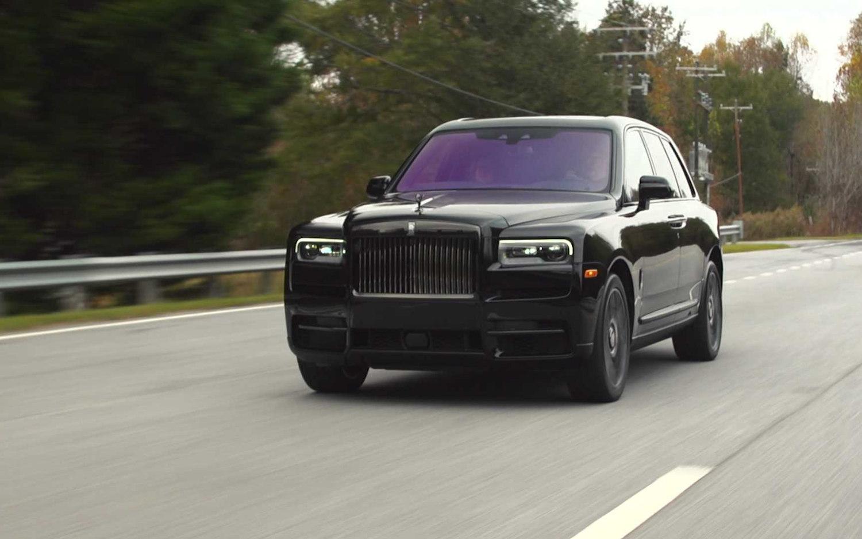 Comparison Rolls Royce Cullinan Black Badge 2020 Vs Kia Seltos Sx 2020 Suv Drive