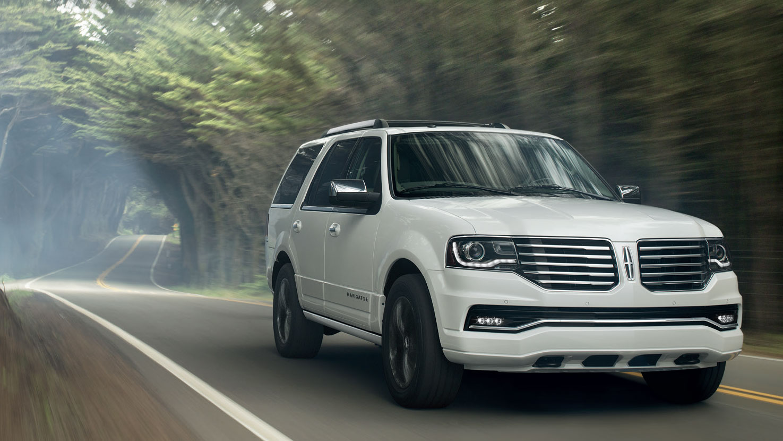 Lincoln Navigator 2016   SUV Drive