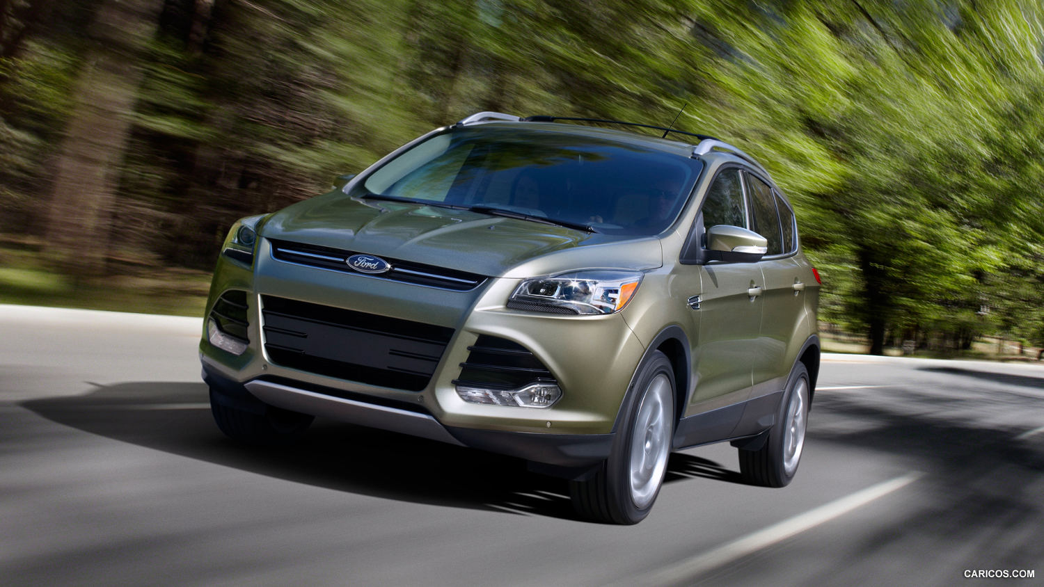 comparison ford escape   jeep compass  suv drive