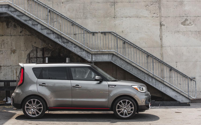 Toyota Suv Names >> Comparison - Subaru Forester Sport 2019 - vs - Kia Soul 2.0L 2018 | SUV Drive
