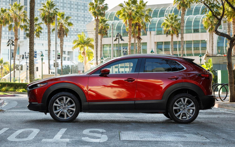 Used Honda Hrv >> Comparison - Mazda CX-30 Skyactiv-X 2020 - vs - Honda HR-V Sport 2019 | SUV Drive