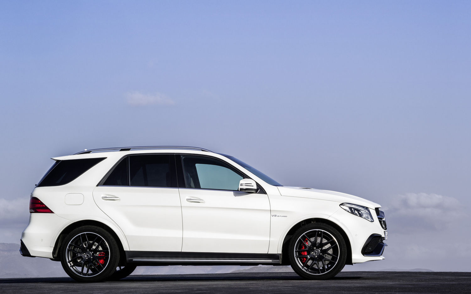 Comparison mercedes benz gle class amg glec63 s 4matic for 2017 mercedes benz gle class