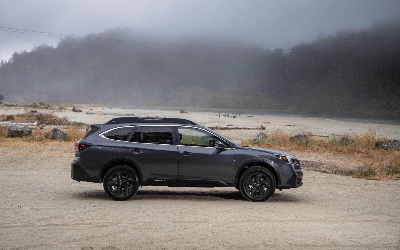 comparison subaru outback touring xt 2020 vs ford escape titanium hybrid 2020 suv drive ford escape titanium hybrid 2020