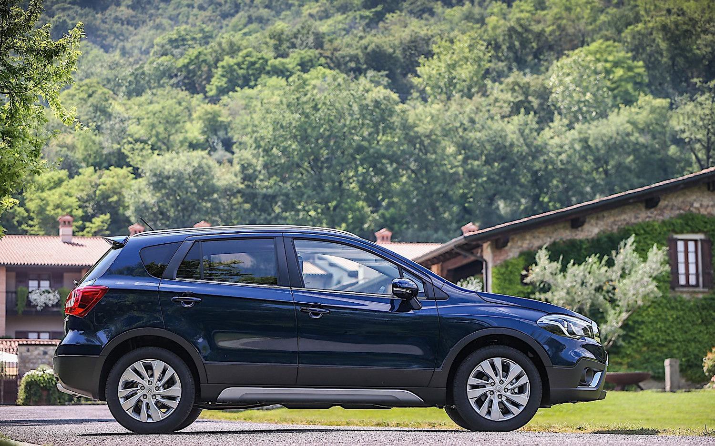 Comparison Nissan Kicks Sr 2018 Vs Suzuki S Cross Turbo