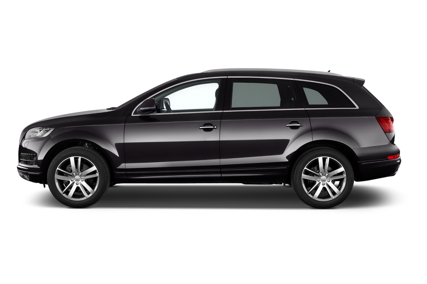 Comparison audi q7 suv 2015 vs mercedes benz g class for Mercedes benz compare
