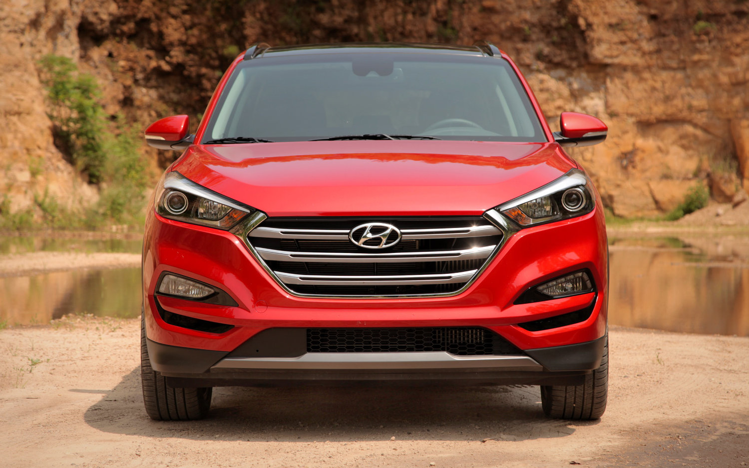hyundai tucson suv 2017 review mat watson reviews autos post. Black Bedroom Furniture Sets. Home Design Ideas