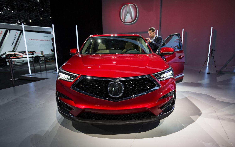 Comparison - Acura RDX Technology 2019 - vs - Volvo XC60 ...