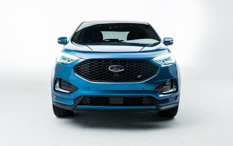 comparison ford edge titanium 2019 vs jeep cherokee limited 2019 suv drive. Black Bedroom Furniture Sets. Home Design Ideas