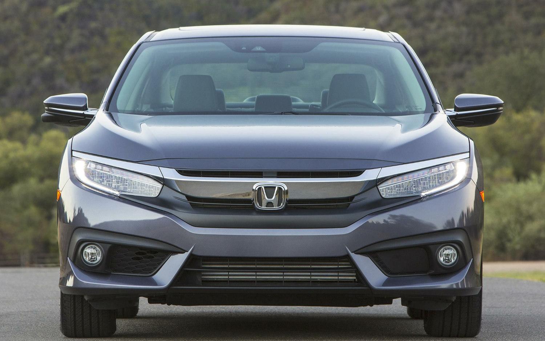 Comparison Nissan Versa 1 6 S Plus 2018 Vs Honda