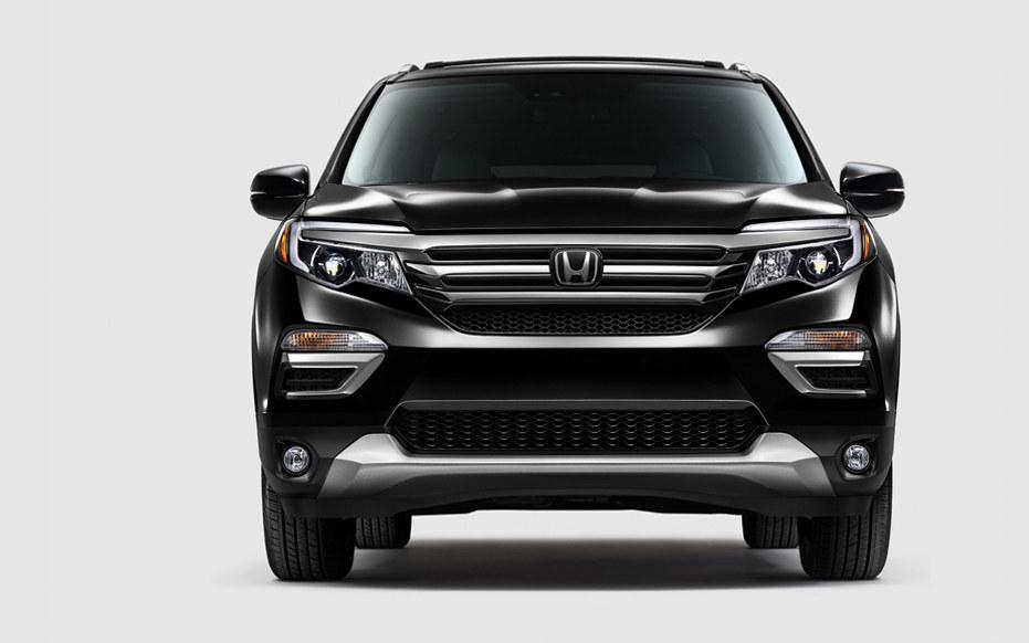 2017 Honda Pilot In Depth Model Review Car And Driver