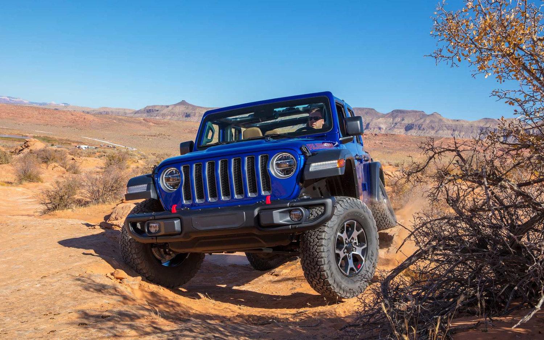 Comparison - Jeep Wrangler JK Rubicon 2018 - vs - Jeep ...