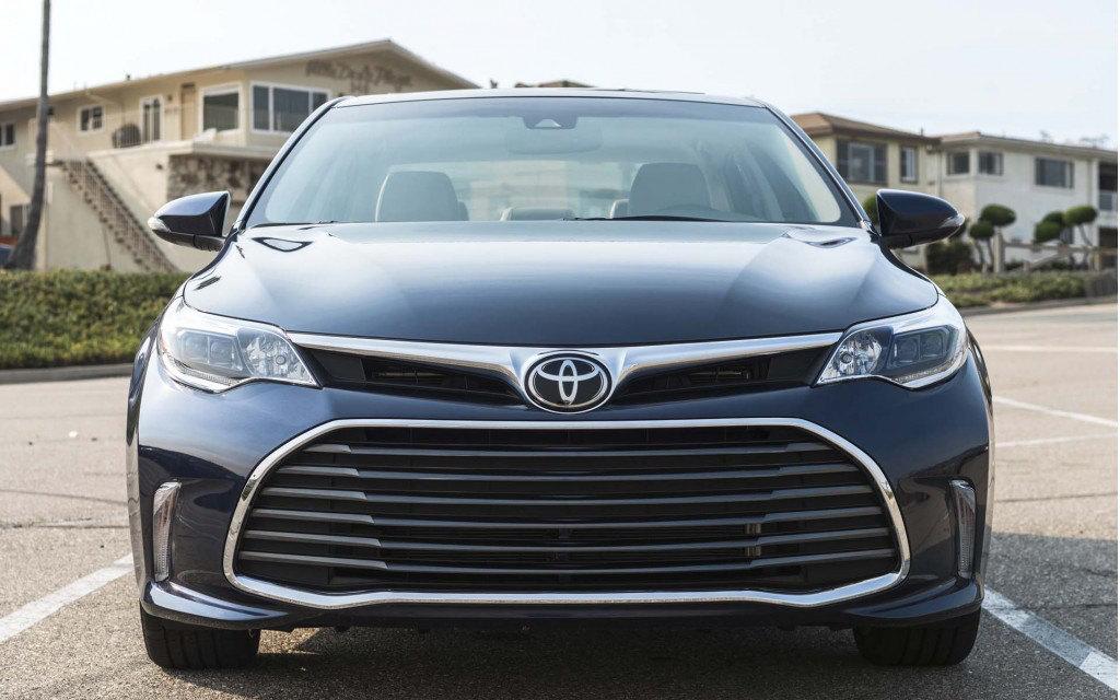 Comparison - Subaru WRX Limited 2019 - vs - Toyota Avalon ...