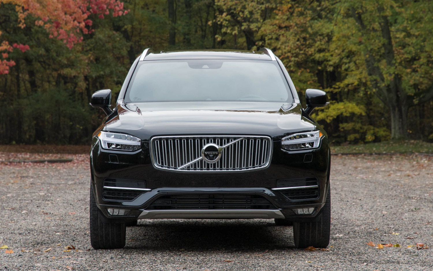 comparison - volvo xc90 t8 excellence twin engine hybrid 2018 - vs