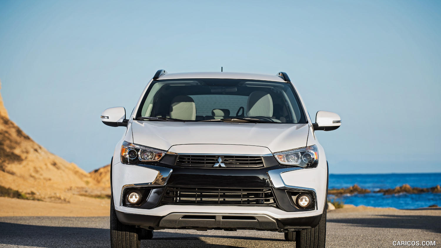 Mitsubishi outlander vs holden captiva