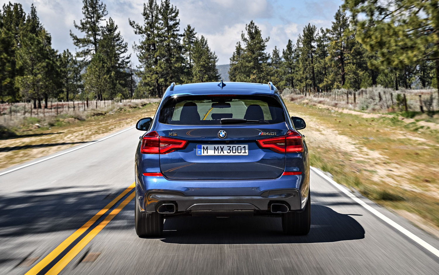 Comparison Bmw X3 M40i 2018 Vs Bmw X3 M40i 2019 Suv Drive