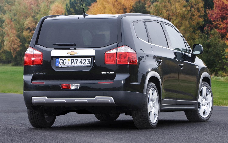 Comparison - Subaru Forester Limited 2018 - vs - Chevrolet ...