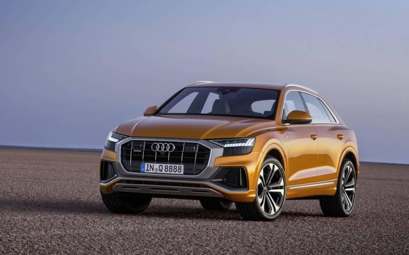 Comparison Audi Q8 Hybrid 2018 Vs Porsche Macan Turbo 2018