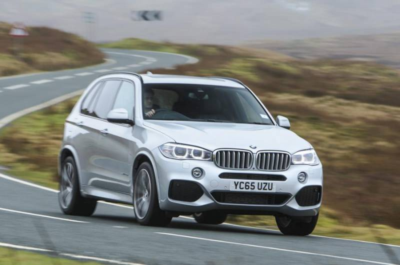 Comparison Bmw X5 M 2016 Vs Bmw X6 M 2016 Suv Drive
