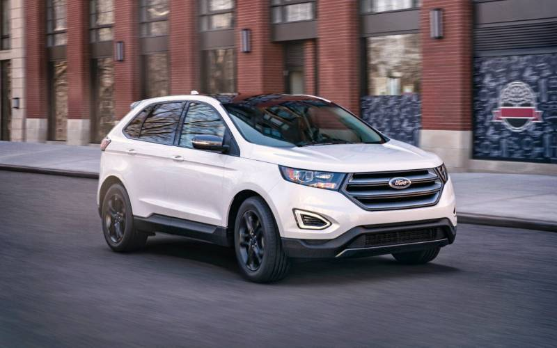 Comparison - Ford Edge Titanium 2018 - vs - Kia Sportage EX 2018 | SUV Drive