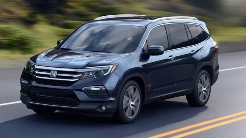 Comparison - Honda Pilot 2016 - vs - Ford Explorer Sport 2017 | SUV Drive