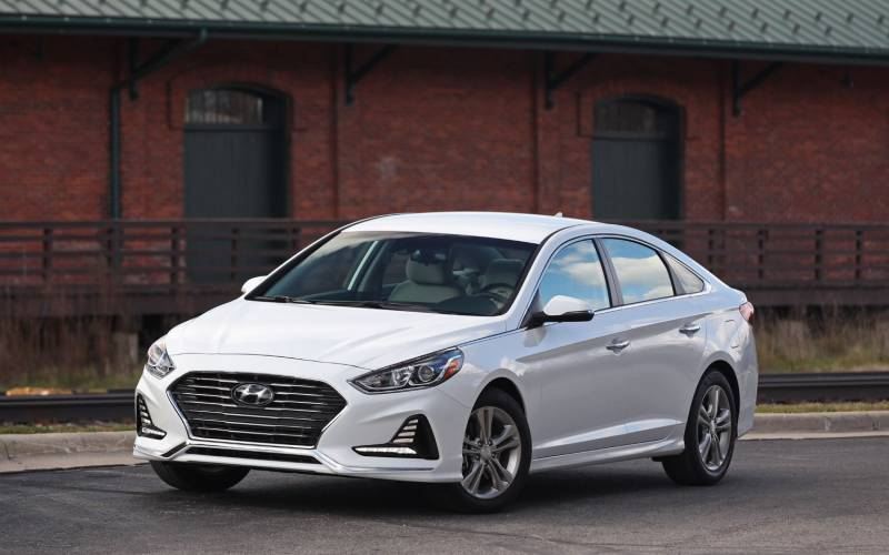 hyundai sonata se hybrid 2018 suv drive. Black Bedroom Furniture Sets. Home Design Ideas