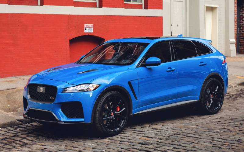 Comparison Jaguar F Pace Svr 2019 Vs Lincoln