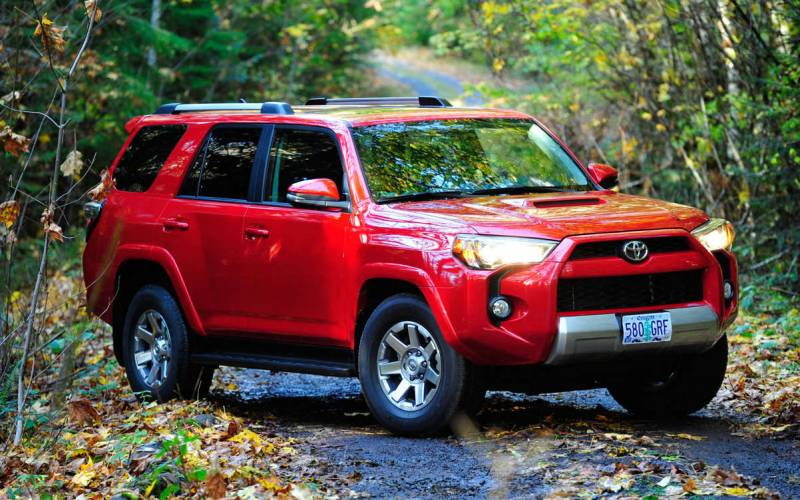 Comparison Toyota Hilux Surf 2017 Vs Toyota Highlander