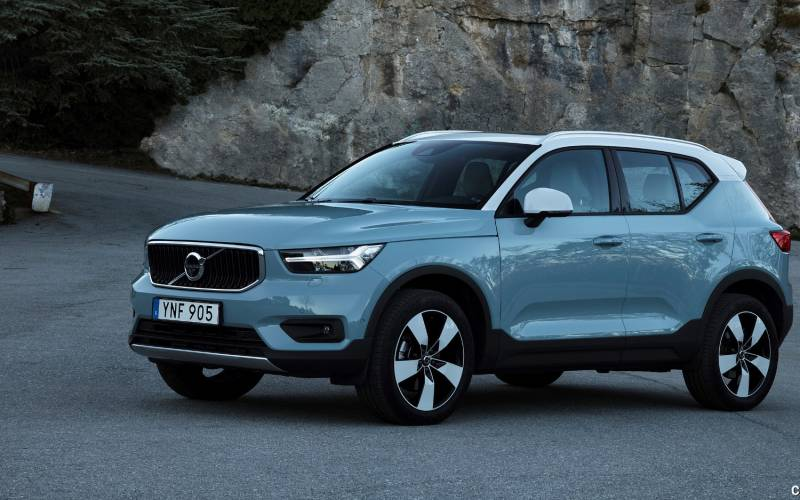 Comparison Volvo Xc40 T5 2018 Vs Mazda Cx 3 Grand Touring 2017 Suv Drive