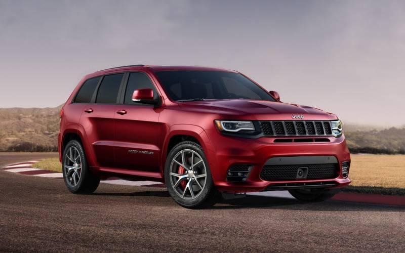 comparison ford explorer sport 2017 vs jeep grand cherokee srt 2017 suv drive. Black Bedroom Furniture Sets. Home Design Ideas