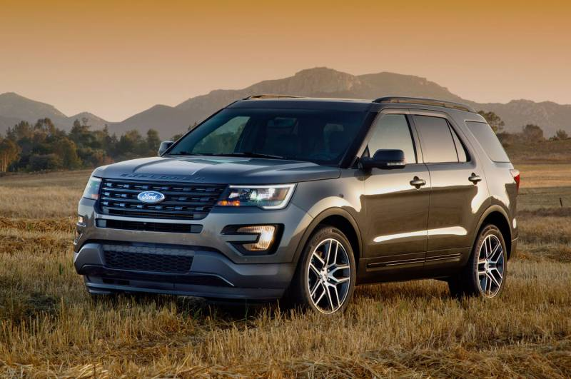 Comparison Ford Explorer Limited 2016 Vs Gmc Acadia