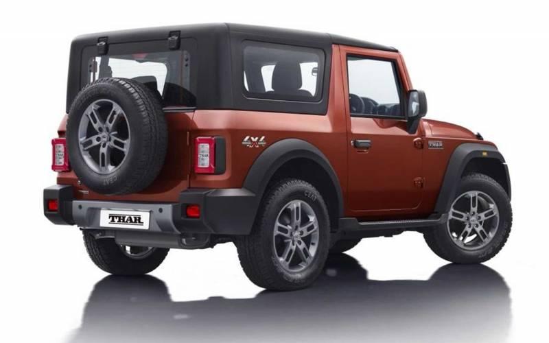 comparison - mahindra thar 2021 - vs - jeep renegade