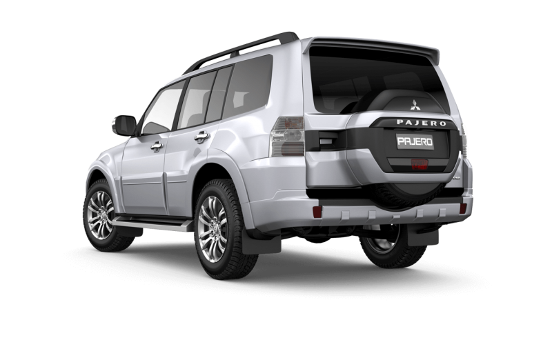 Comparison - Toyota 4Runner Limited 2017 - vs - Mitsubishi Pajero GLX 5 Door Wagon 2015 | SUV Drive