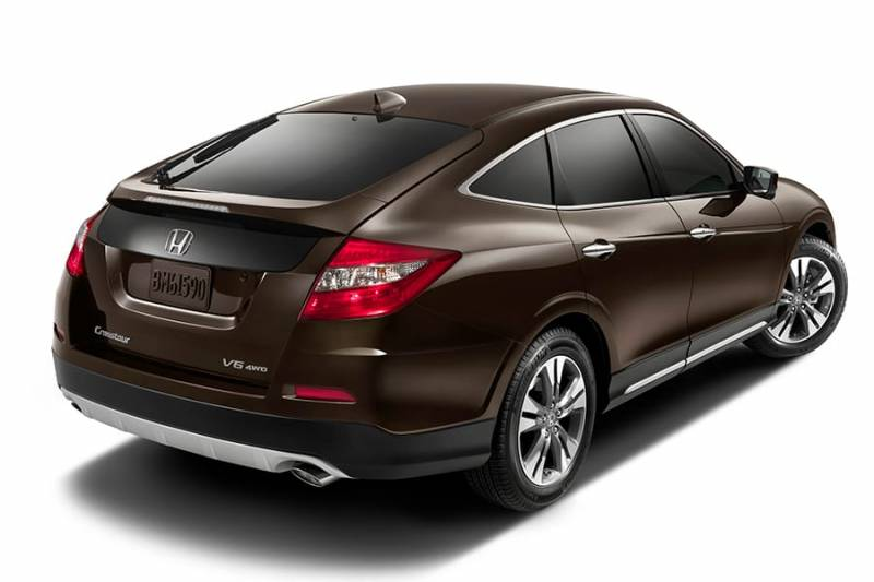 Comparison Honda Crosstour Hatchback 2015 Vs