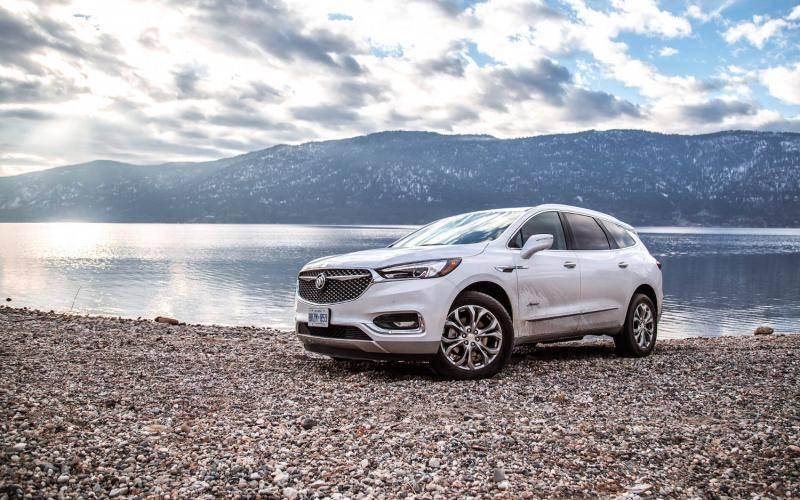 Comparison - Buick Enclave Avenir 2019 - vs - Buick ...