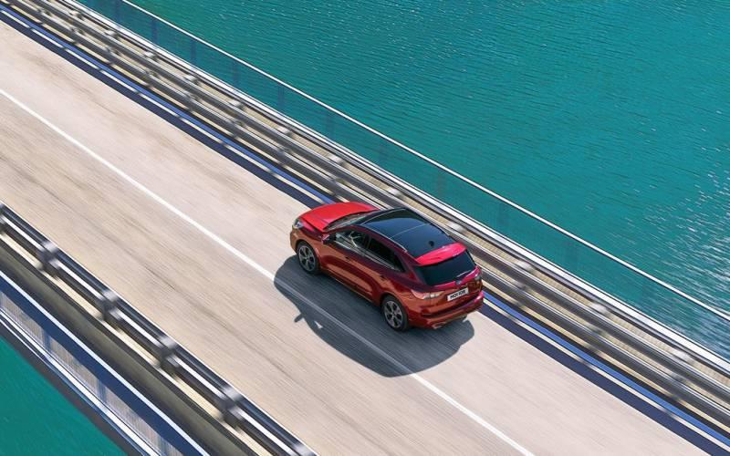 Comparison - Ford Kuga ST- Line 2020 - vs - Nissan Qashqai ...