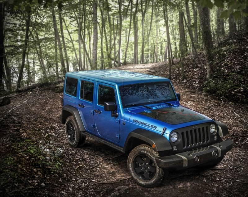 comparison jeep wrangler unlimited 2016 vs volvo xc60 t6 r design 2017 suv drive. Black Bedroom Furniture Sets. Home Design Ideas
