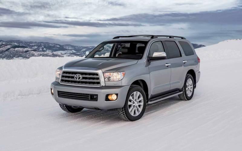 Comparison - GMC Acadia Limited 2017 - vs - Toyota Sequoia ...
