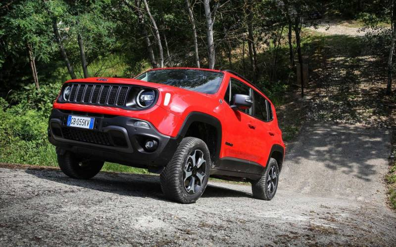 jeep renegade 4xe 2021  suv drive