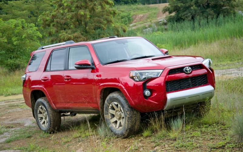 toyota 4runner trd off road 2018 suv drive. Black Bedroom Furniture Sets. Home Design Ideas