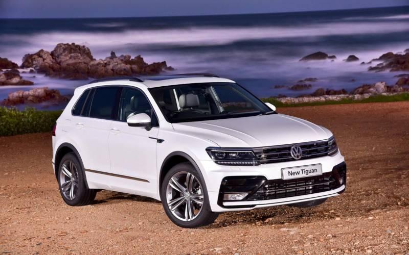 Comparison Volkswagen Tiguan Sel 2017 Vs Volkswagen