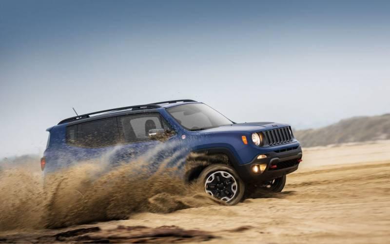 comparison jeep renegade 2017 deserthawk vs jeep. Black Bedroom Furniture Sets. Home Design Ideas
