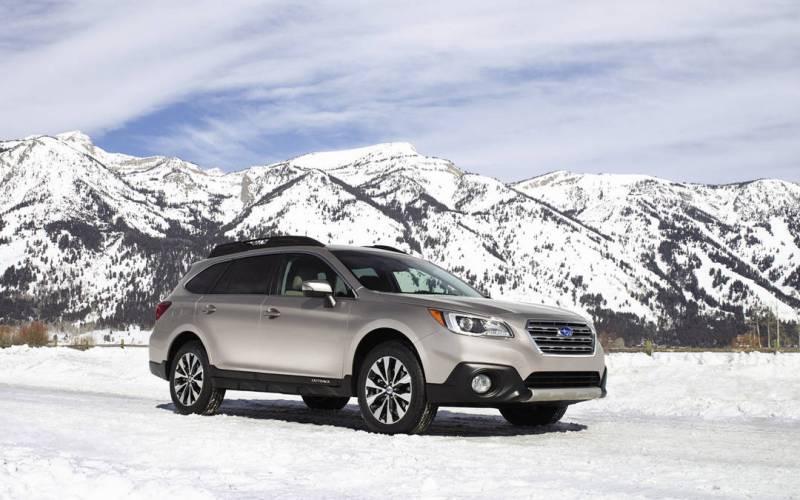 Comparison - Subaru Outback 2017 - vs - Audi Q3 Premium ...