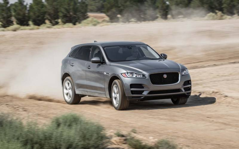 comparison jaguar f pace r sport 2018 vs rolls royce. Black Bedroom Furniture Sets. Home Design Ideas