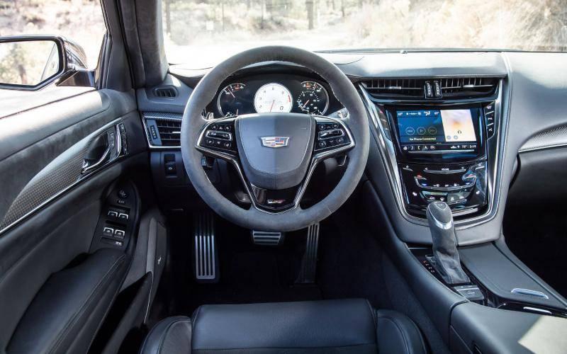 2017 Cadillac Cts 3 6 L Premium Luxury >> Comparison - Cadillac CTS-V 2019 - vs - Cadillac CTS ...