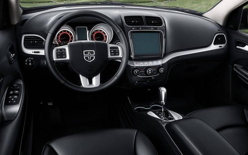 Comparison - Dodge Journey SE 2018 - vs - Kia Telluride Hybrid 2018 | SUV Drive