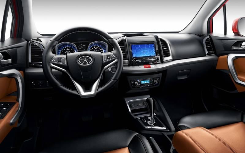 Comparison Hyundai Tucson Gls 2015 Vs Jac S3 Luxury