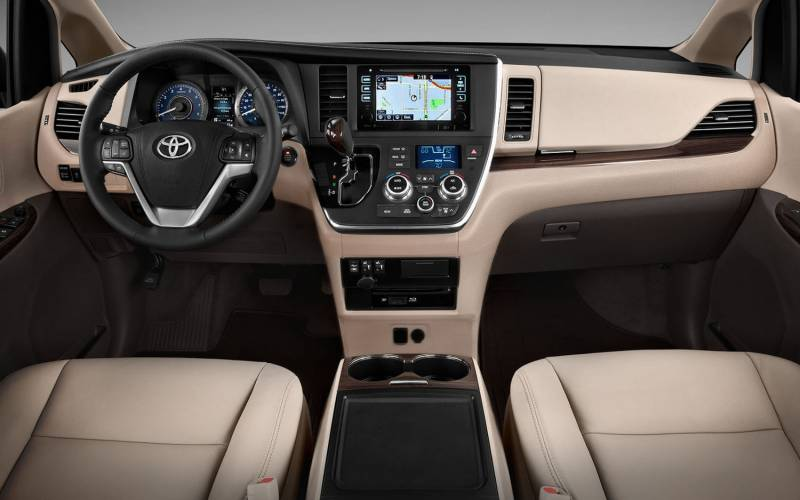 Comparison Toyota Sequoia Platinum 2017 Vs Nissan Patrol Y61 St 2016 Suv Drive