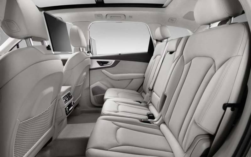 Audi Q7 e-tron quattro Hybrid 2018 | SUV Drive