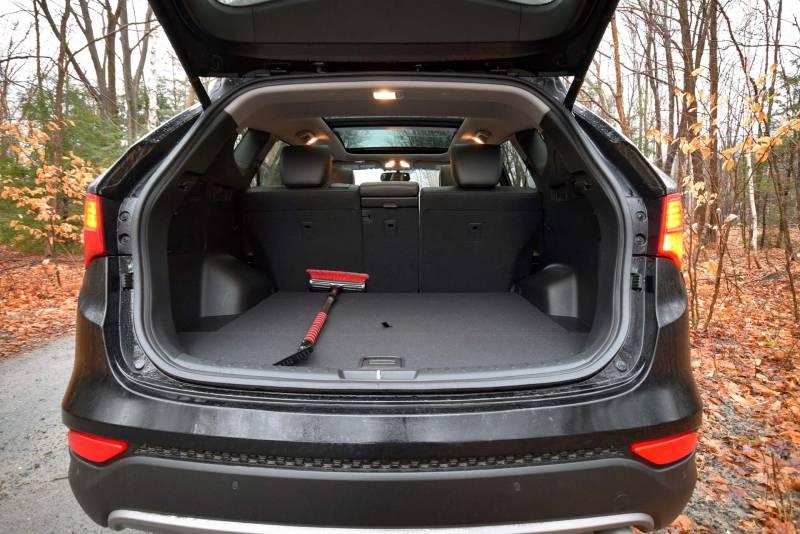 comparison hyundai santa fe sport 2016 vs lexus nx 300h base hybrid suv drive. Black Bedroom Furniture Sets. Home Design Ideas